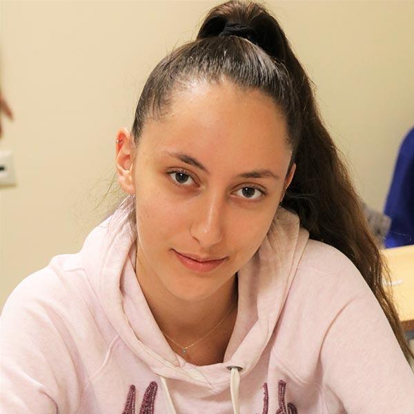 Κωνσταντίνα Βεκρή